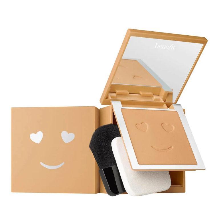 Benefit Cosmetics Hello Happy Velvet Powder Foundation 1