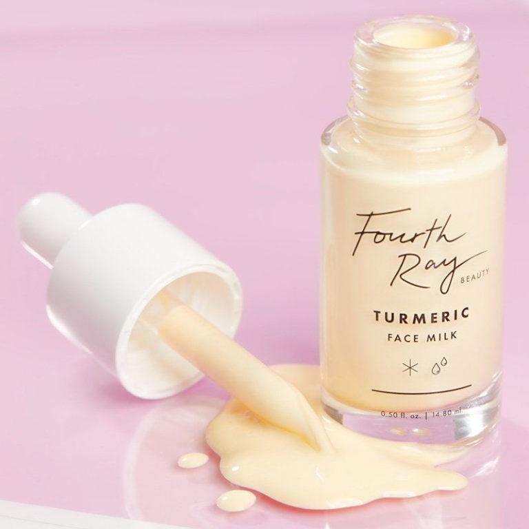 Turmeric Face Milk bote abierto