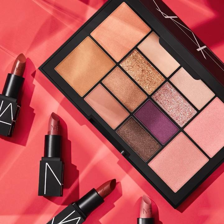 Express Yourself The Makeup Your Mind Collection Square