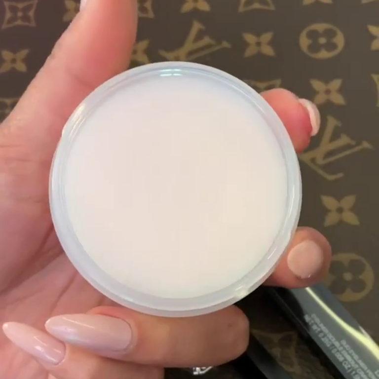 Huda Makeup Remover Balm Story Open