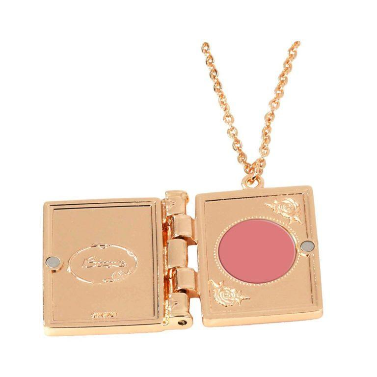 Sleeping Beauty Locket Cream Rouge Open