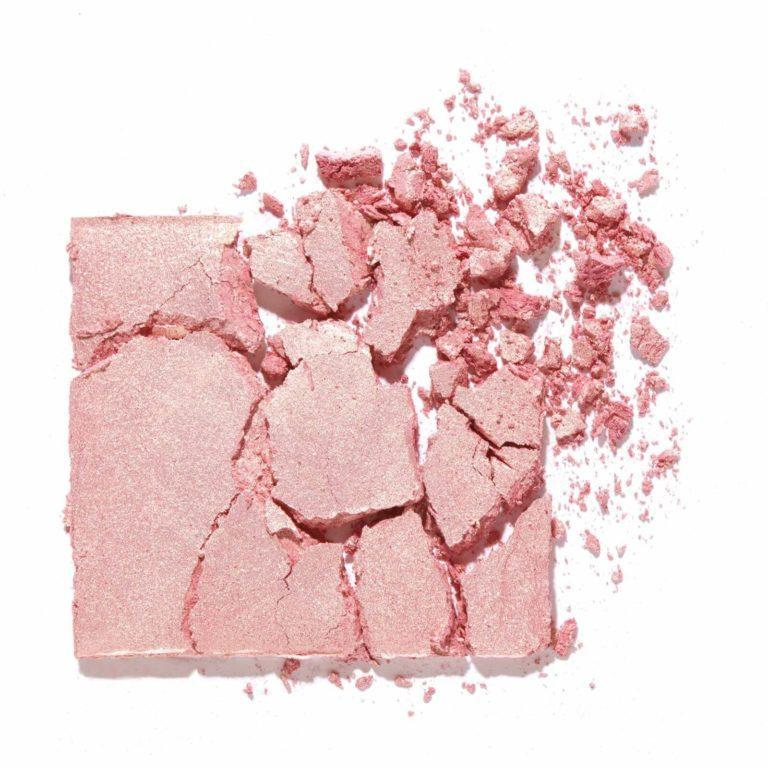 benefit Tickle Highlighter texture
