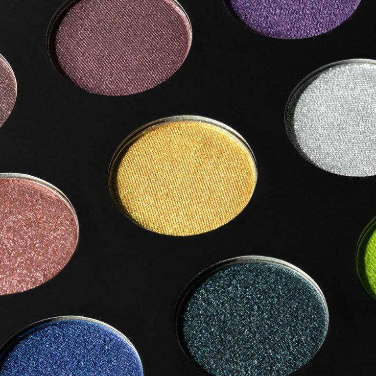Makeup Geek Cosmetics All That Glitters Palette Closer Look