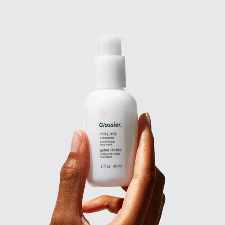 Glossier The Skincare Edit Gentle Milky Jelly Cleanser