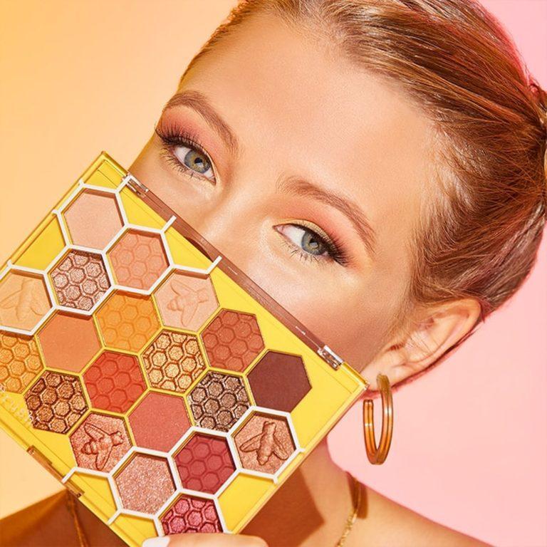 Sugar Rush Bee You Eyeshadow Palette Model