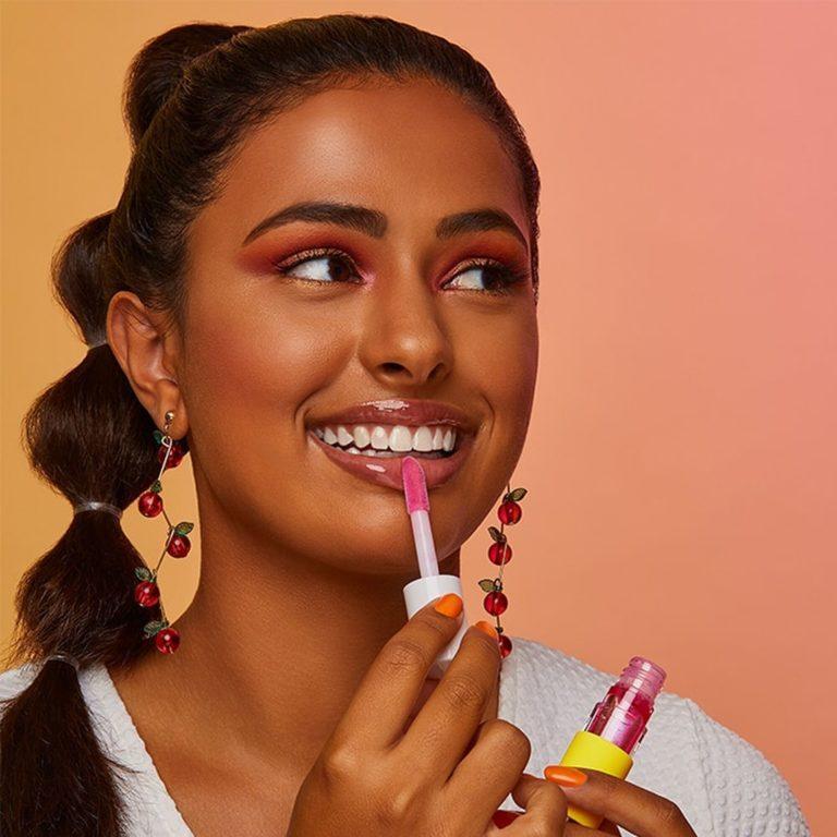 Sugar Rush Lip Sip Vegan Lip Oil In Buzzworthy Model