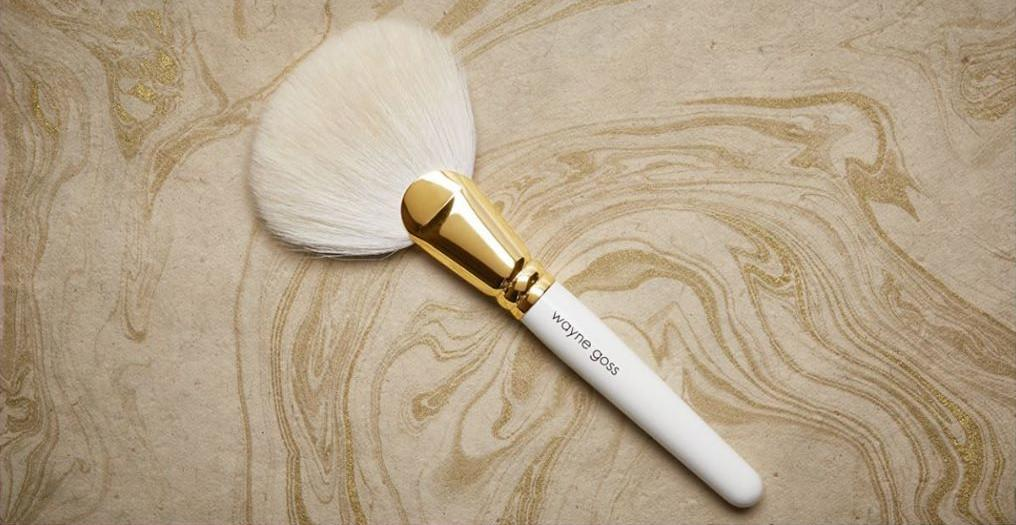 Wayne Goss Holiday brush 2019 Alt