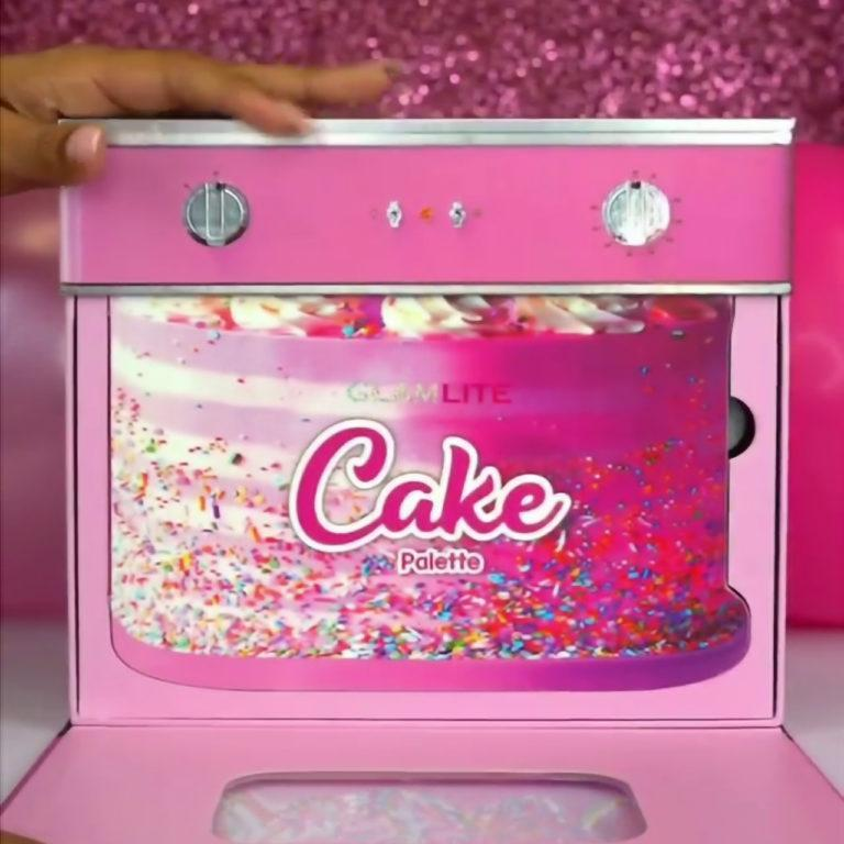 GlamLite Cake Palette PR Box Semi Open