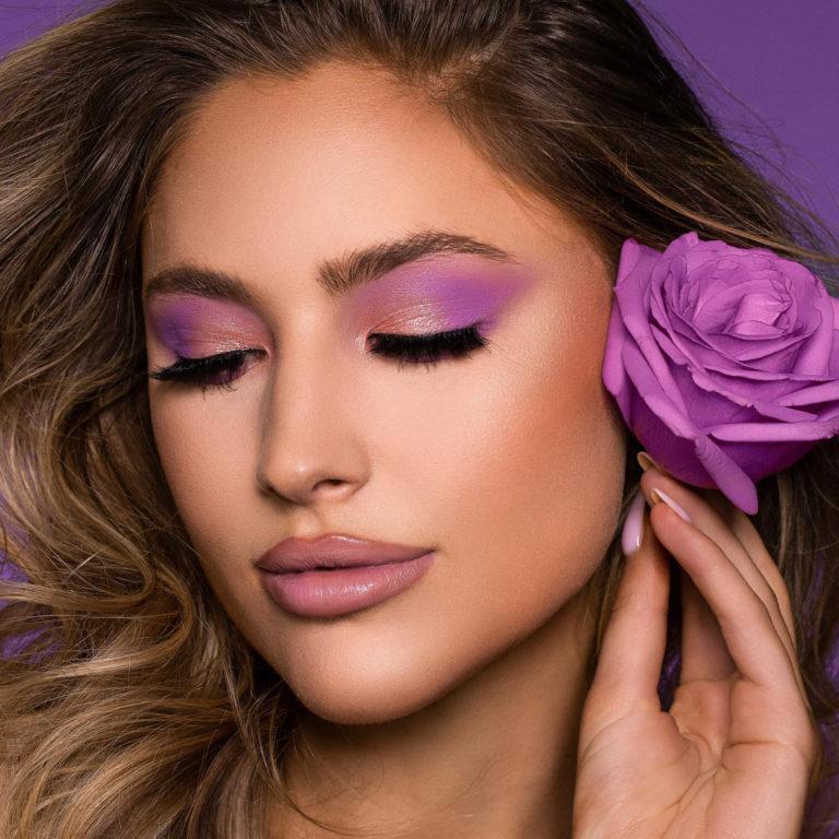 Violet Voss Sweet Violet Fun Sized Eyeshadow Palette Model Flower