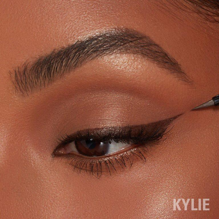 Kylie Cosmetics January 2020 New Drops Kyliner in Brown Swatch