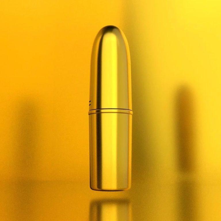 MAC Cosmetics Brasil x Iza Mac Maker 2020 Lipstick Closed