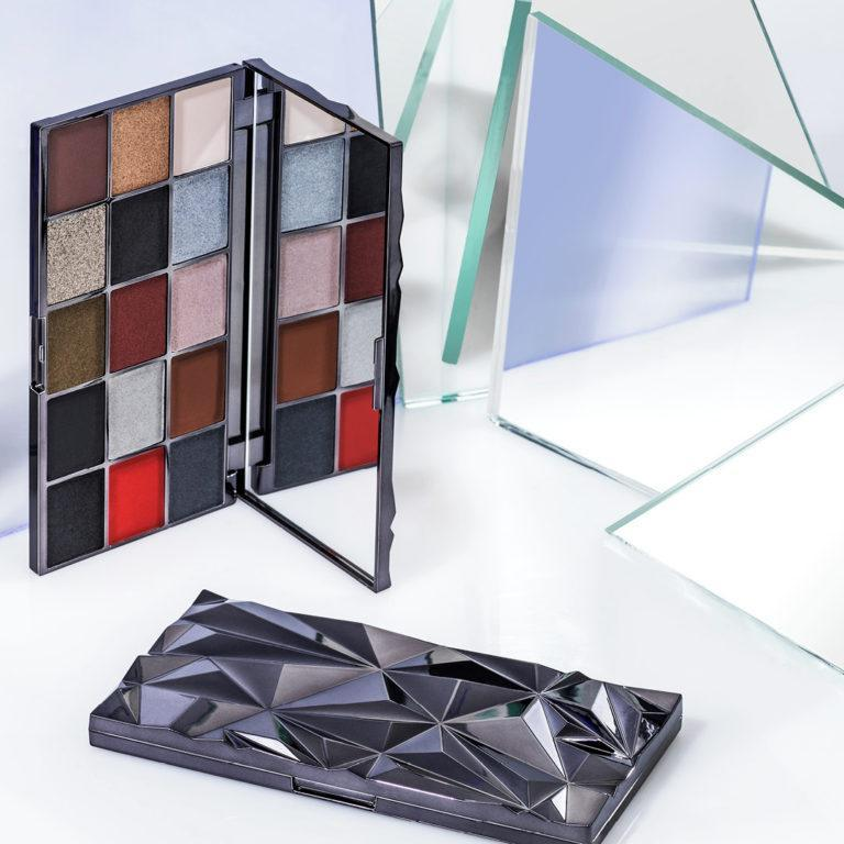 Makeup Revolution Glass Skin Collection Glass Black Ice Shadow Palette