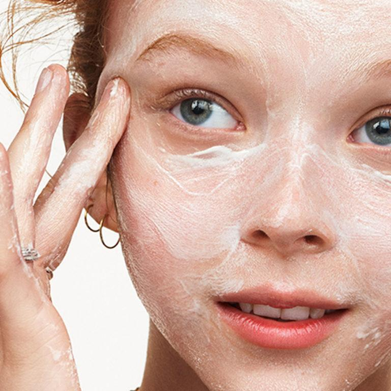 Milk Makeup Vegan Milk Cleanser Model 3
