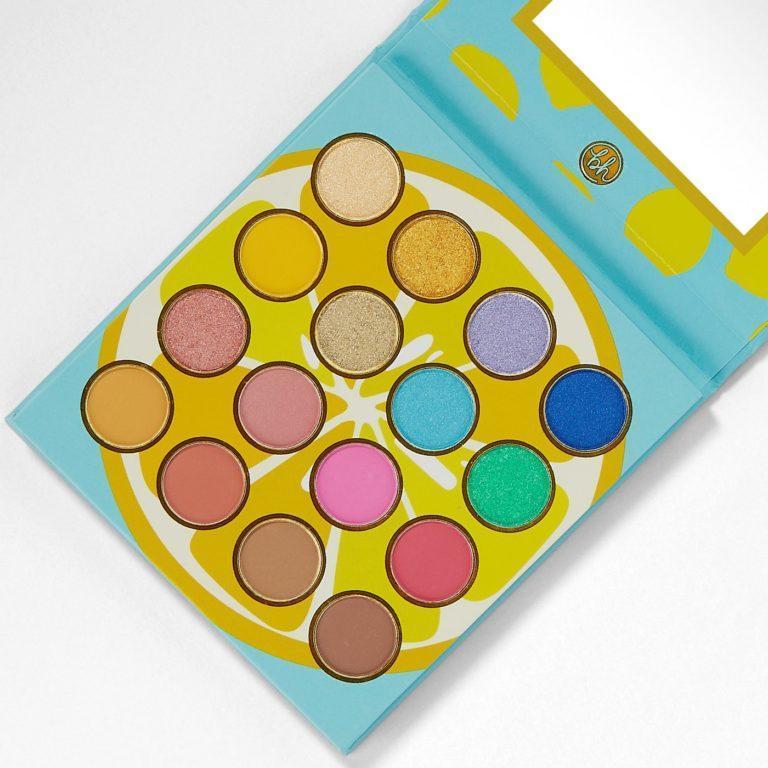 BH Cosmetics Colori Vivaci Palette Open Angled