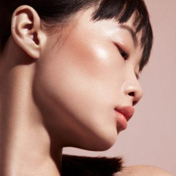 Fenty Beauty Match Stix Glow Skinstick In Purrrl (Iridescent Pink) Model 3