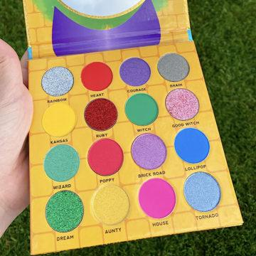 No Place Like Home Eyeshadow Palette Open