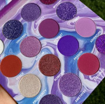 Peachy Queen Amethyst Eyeshadow Palette Close Up out