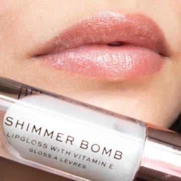 Makeup Revolution Shimmer Bomb In Light Beam