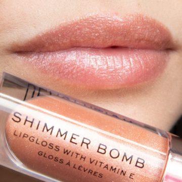 Makeup Revolution Shimmer Bomb In Starlight
