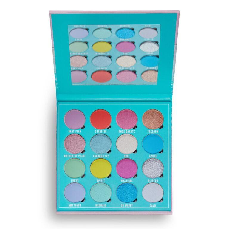 Makeup Obsession Crystal Waves Eyeshadow Palette Open