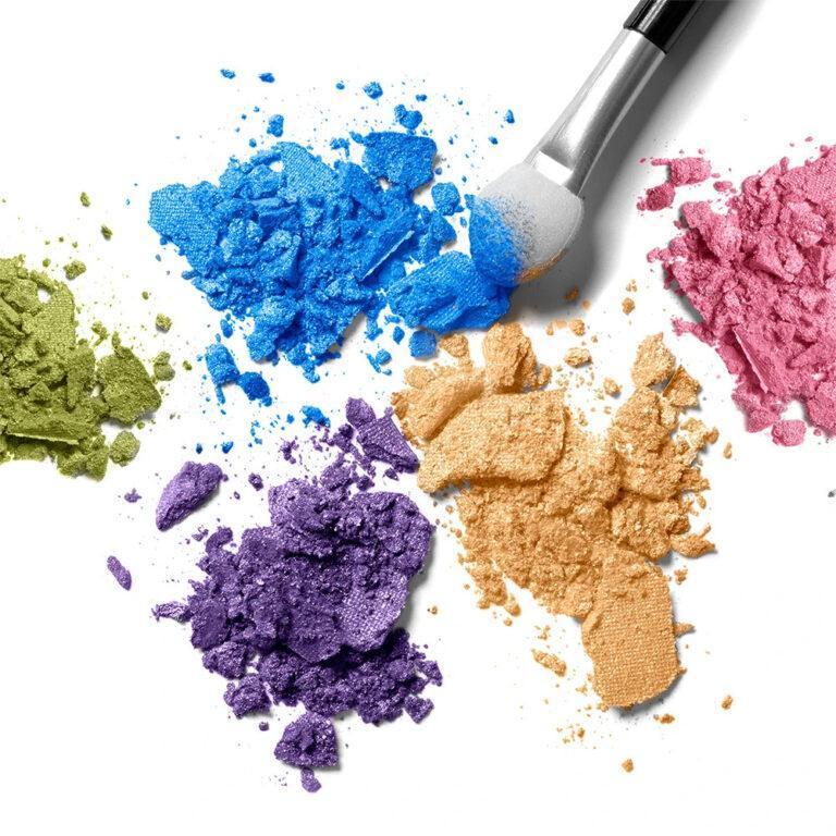 elcie Cosmetics The Minimalist Eyeshadow Palette Special Edition Crash Swatches Pencil