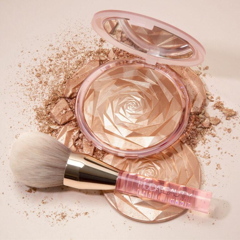 Huda Beauty N.Y.M.P.H. All Over Highlighting Powder & Brush Post Cover
