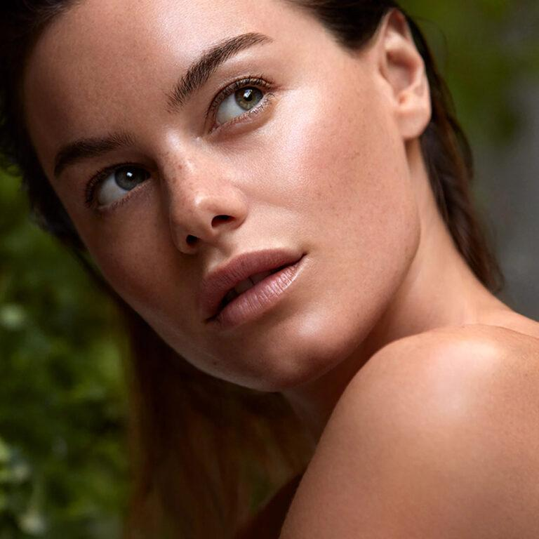 Laura Mercier Skin Essentials Collection Model Promo