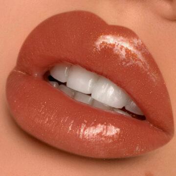 Glamlite Ice Cream Dream Collection Ice Cream Cone Lip Gloss Caramel Lip Swatch