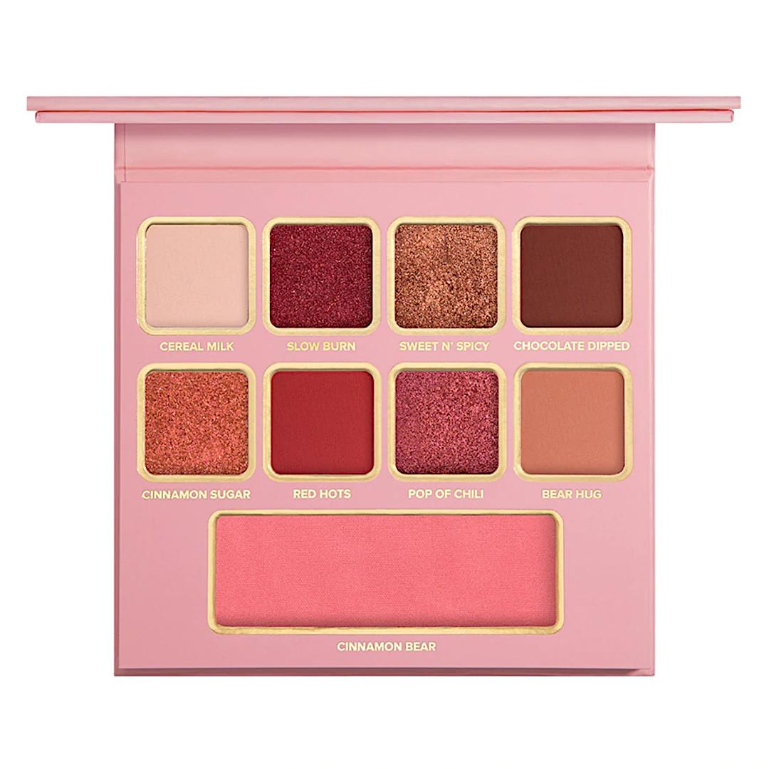 Too Faced Holiday 2020 Collection Part 1 Cinnamon Bear Makeup Set Palette