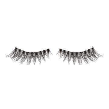 I Heart Revolution Disney Collection Disney Storybook Lashes Tiana Open