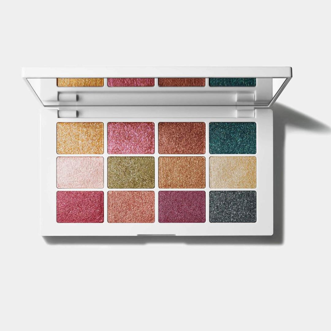 Makeup By Mario Master Metallics™ Eyeshadow Palette Open