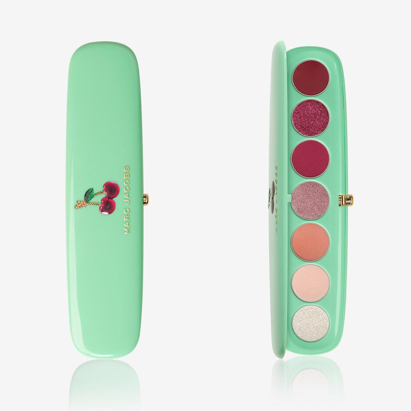 Marc Jacobs Very Merry Cherry Eye Conic Multi Finish Eye Palette Very Merry Cherry Edition Cover