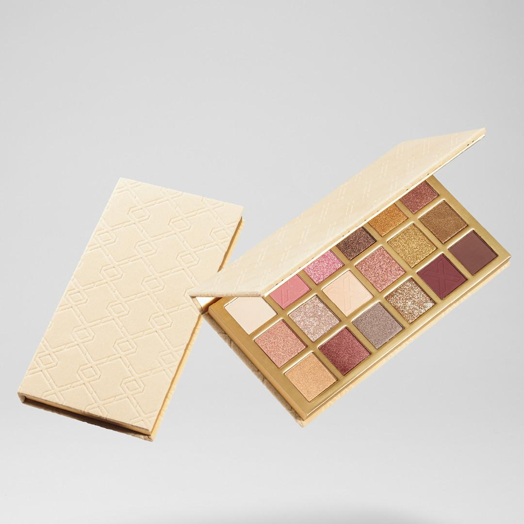 XX Revolution LuXX Eyeshadow Palette Bare LuXX Open & Closed Promo