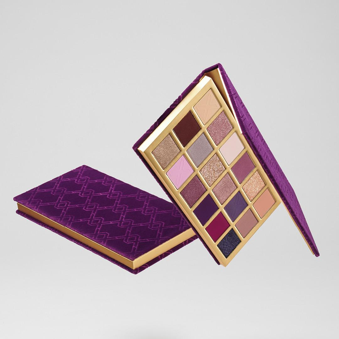 XX Revolution LuXX Eyeshadow Palette Decadent LuXX Promo Open & Closed