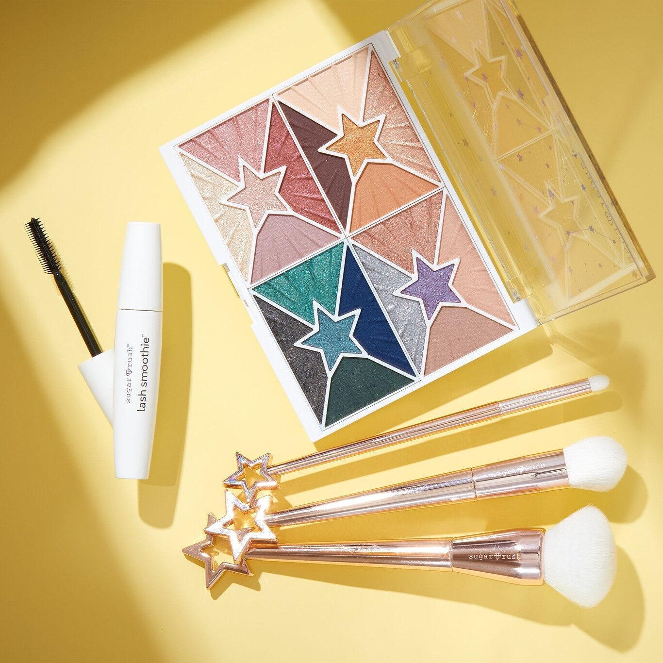 Star Chasers Eyeshadow Palette, Star Dusters Brush Set & Lash Smoothie™ Volumizing Hemp Mascara Promo