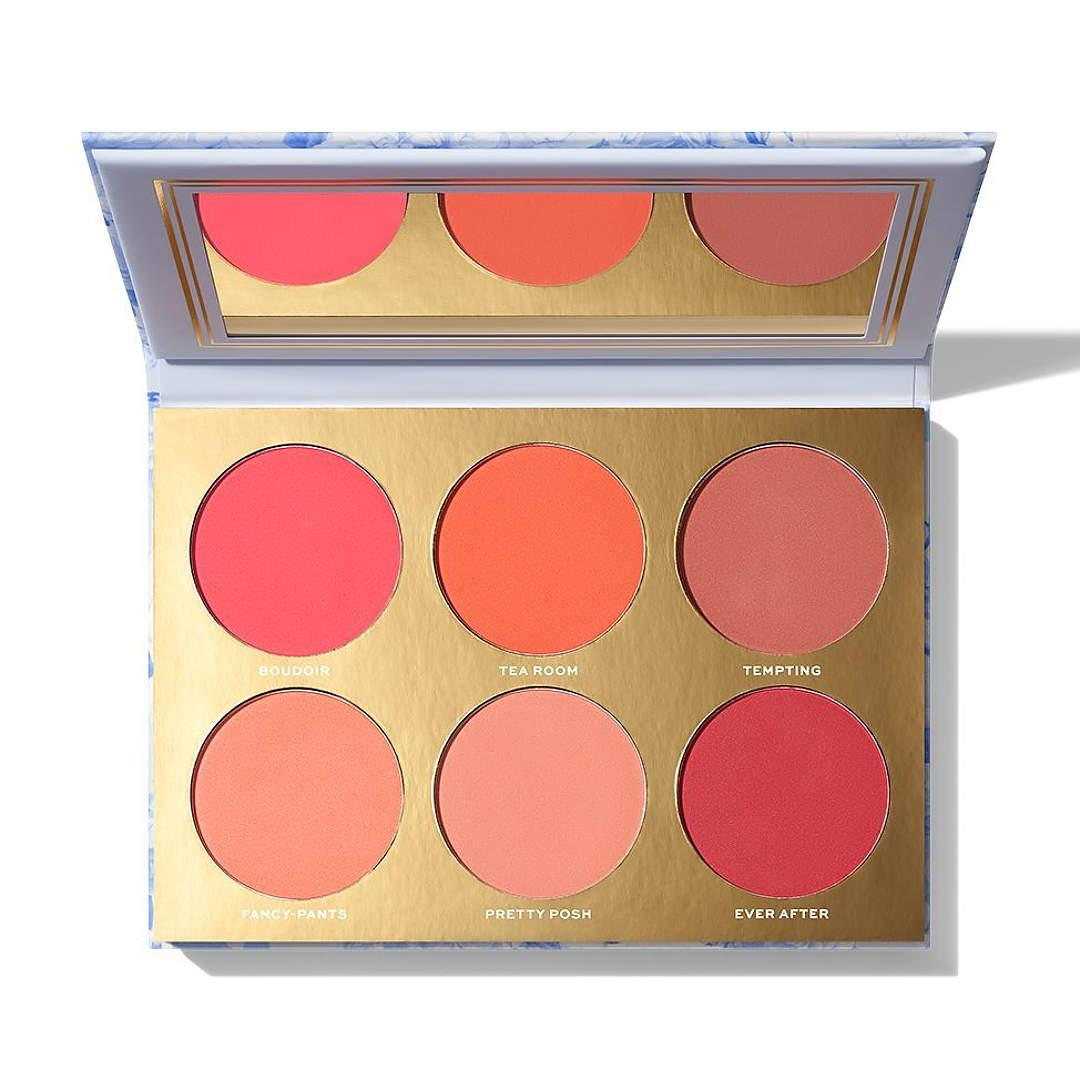 Jaclyn Cosmetics Bougie Rouge Collection Rouge Romance Matte Blush Palette Rouge Romance Open