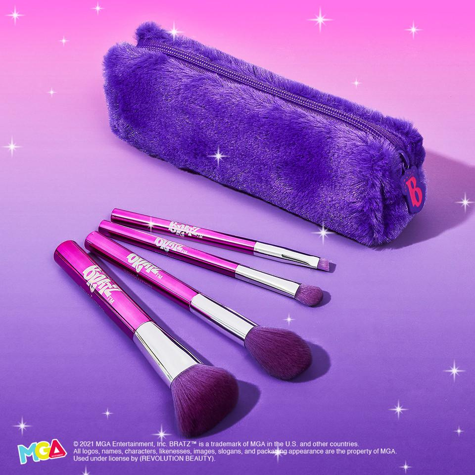 Makeup Revolution x Bratz Bag & Brush Set