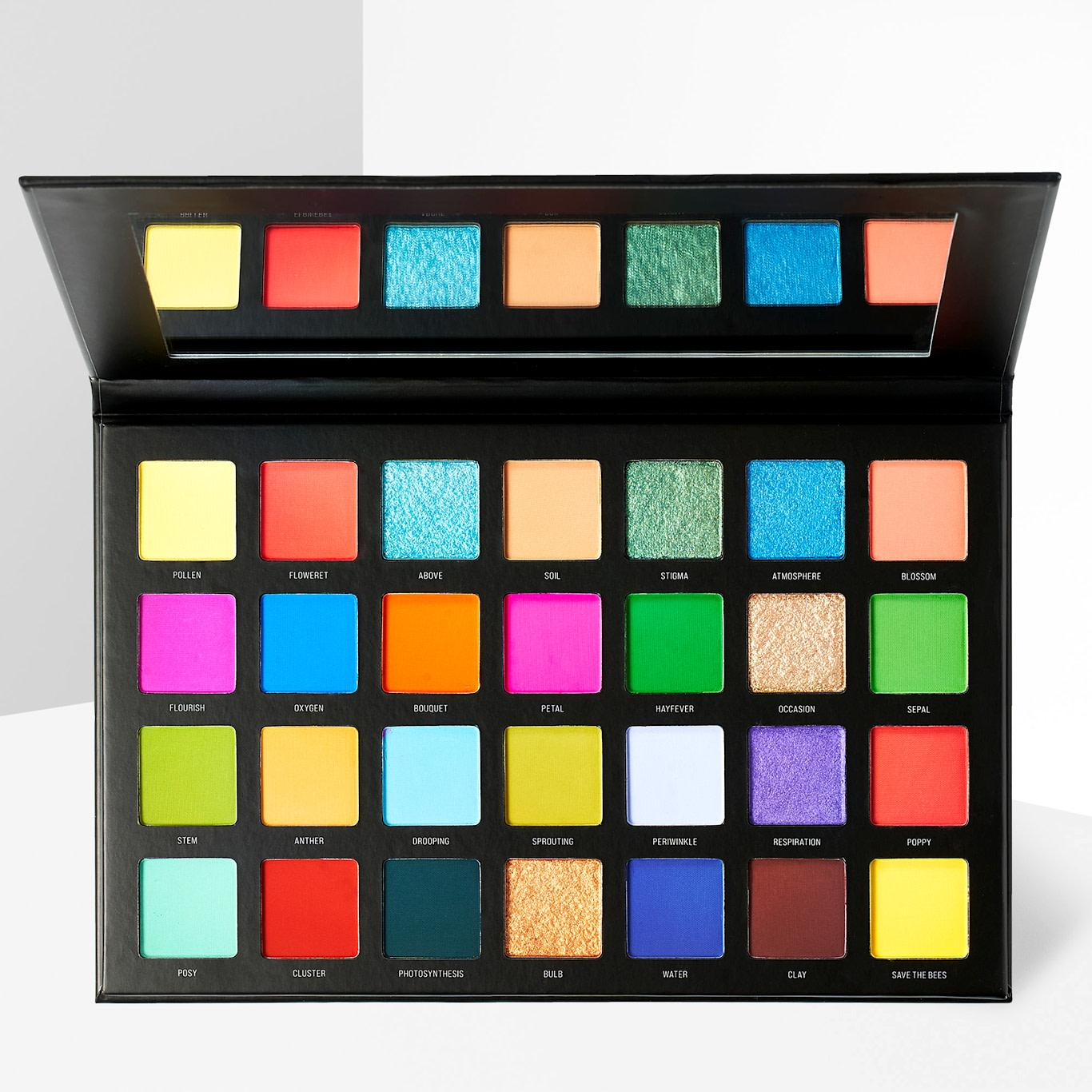 Sample Beauty The Blooming Lovely Palette Open Front